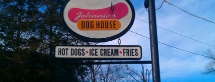Johnnie's Dog House is one of To-do list for Philly suburbs.