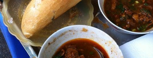 Qùa Tặng Thiên Sứ - Bánh Mỳ Sốt Vang is one of ăn uống Hn.