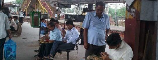 Kandivali Railway Station is one of Mumbai Suburban Western Railway.