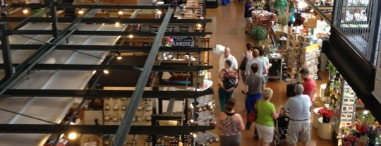 Milwaukee Public Market is one of 40 Top-Rated Food Halls in the U.S..
