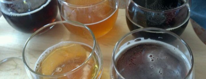Triton Brewing Company is one of Growler fill spots in Indy.