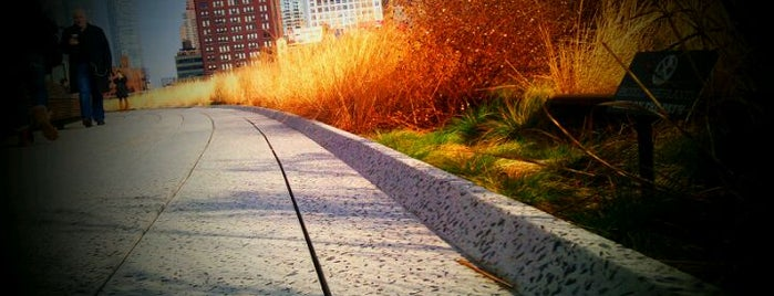 High Line is one of Chelsea Like a Local.