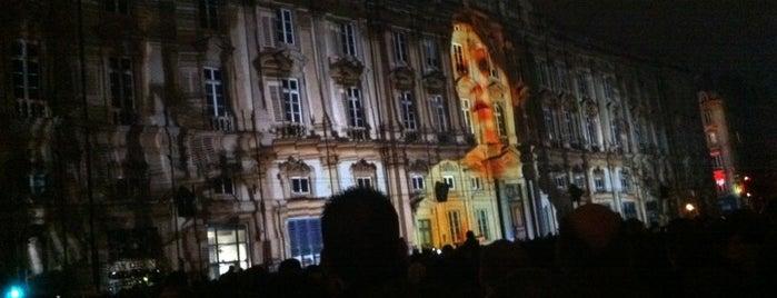 Fête des Lumières is one of #squareBuckets.