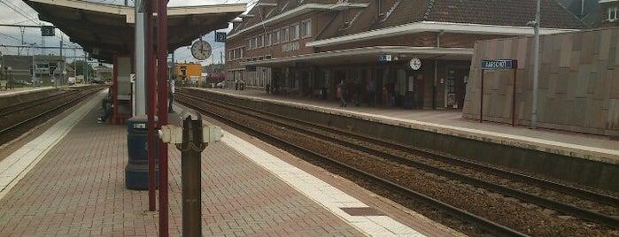 Station Aarschot is one of Bijna alle treinstations in Vlaanderen.