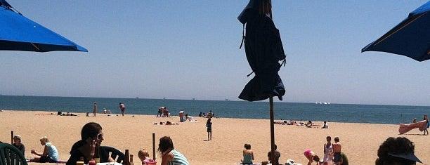 Shoreline Beach Cafe is one of Santa Barbara.