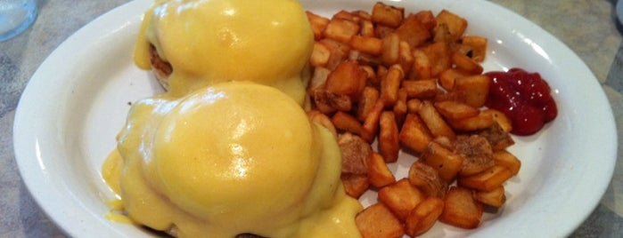 Echo Restaurant is one of The 15 Best Places for a Brunch Food in Cincinnati.