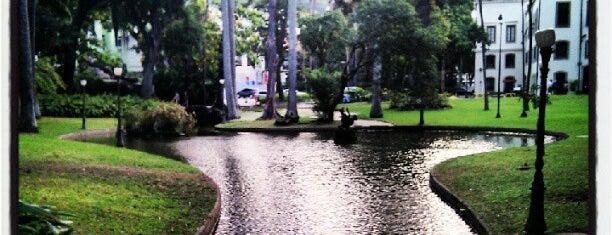 Jardins do Museu da República is one of pra conhecer.