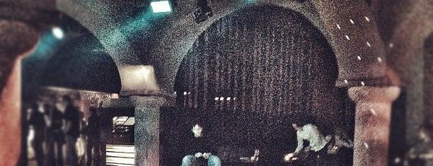 Music Bar Phenomen is one of Noční život.