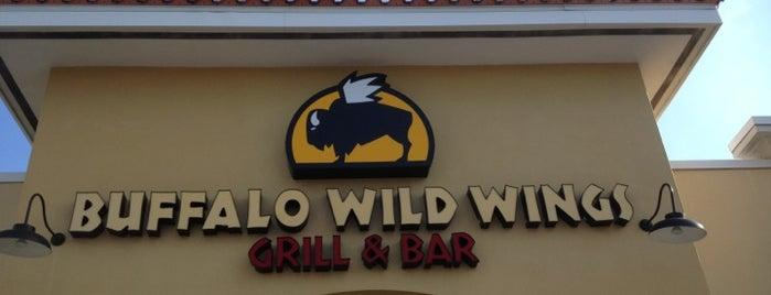 Buffalo Wild Wings is one of สถานที่ที่ al ถูกใจ.