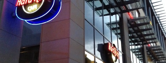 Hard Rock Cafe Köln is one of Favorite's places at Cologne.
