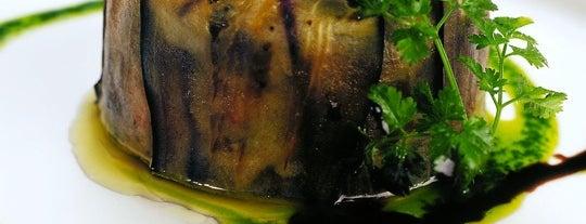 La Bodeguilla is one of Restaurantes favoritos.
