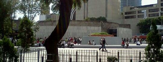 Glorieta de Insurgentes is one of Mis lugares en México DF.