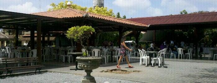 Alpendre da Villa is one of Restaurantes.