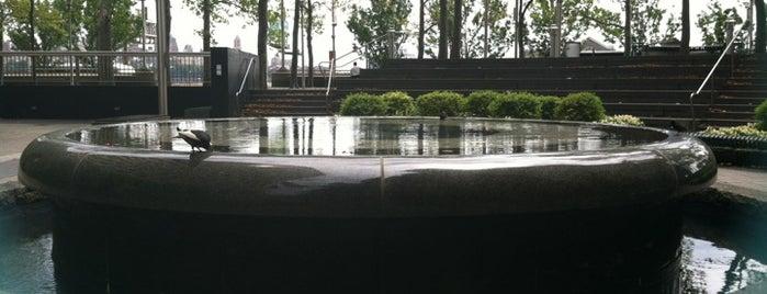 Vietnam Veterans Memorial Plaza is one of BADGE.