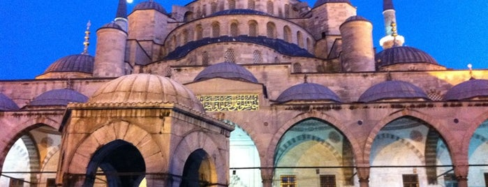 Blaue Moschee is one of The Best of Istanbul by a Foreign Istanbulite.