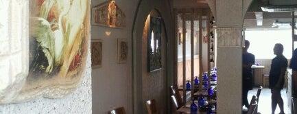Santorini Taverna is one of 꼭 가보아야할 곳!!.