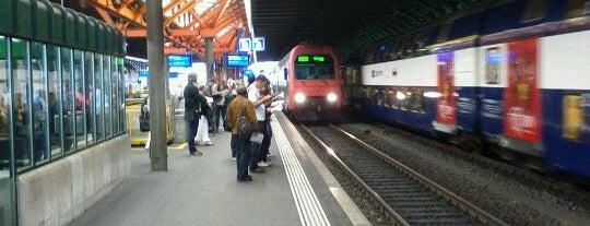 Bahnhof Winterthur is one of Bahnhöfe.