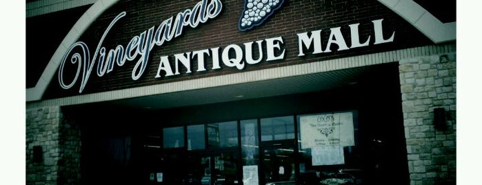 Vineyards Antique Mall is one of DFW Record Stores.