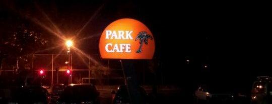 Park Cafe Restaurant is one of Restoranlar.