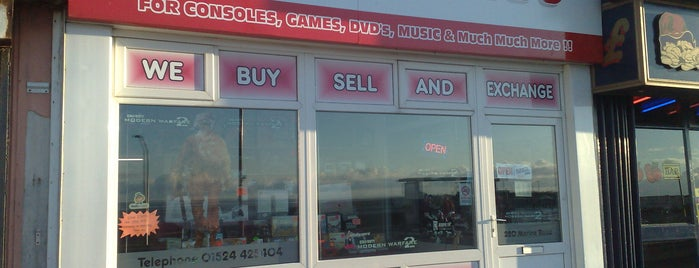Lee's Games is one of Best Retrogaming Shops.