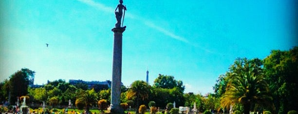 Luxembourg Garden is one of Paris must see.
