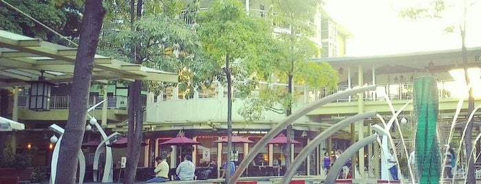 Serendra Piazza is one of Manila.