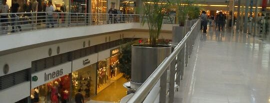 Centro Las Americas is one of EIC-sippar.