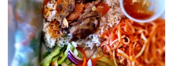 Khun Kay Thai Café is one of HOU Asian Restaurants.