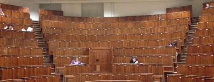 Auditorium AZC is one of Leuven.