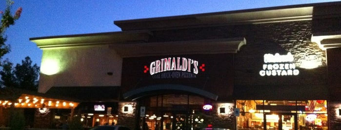 Grimaldi's Pizzeria is one of Road trip.