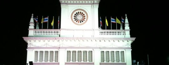 Santa Cruz Church is one of Bangkok.
