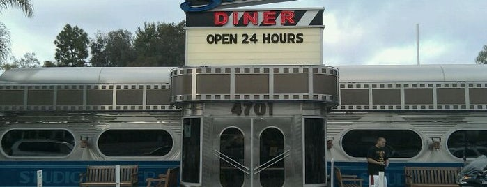 "Studio Diner is one of ""Diners, Drive-Ins & Dives"" (Part 1, AL - KS)."