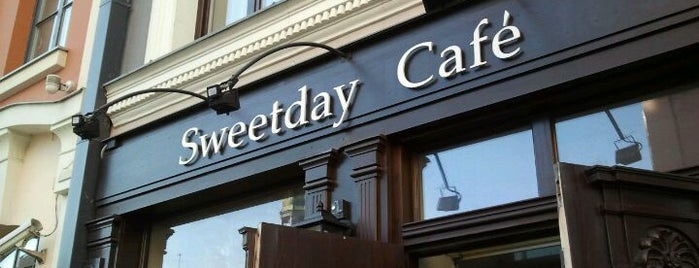 Sweetday Cafe is one of Top Spots.