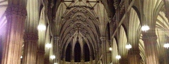 St. Patrick's Cathedral is one of Tourist Tips: Manhattan in a Day.
