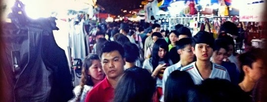 Pasar Malam Taman Connaught 康乐 is one of Yeh's Fav Pasar Malam ^o^.