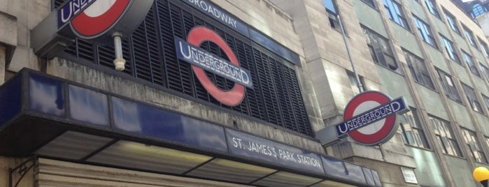 St. James's Park London Underground Station is one of District Line.