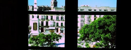 Plaza de la Merced is one of Nuestro Top 10 de lugares favoritos en Málaga..