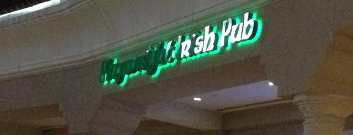 The Playwright Irish Pub & Restaurant is one of Peewee's Big Ass South Florida Food Adventure!.