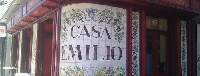 Casa Emilio is one of Restaurantes/Bares que me simpatizan.