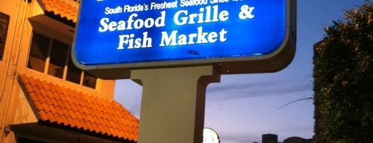 Garcia's Seafood Grille & Fish is one of Hungry in Miami.