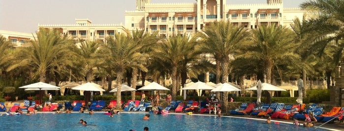 Al Qasr Hotel is one of Jumeirah Hotels & Resorts Worldwide.