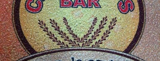 Caetano's Bar - Lugar de Amigos is one of Melhores de Santana e região.
