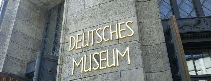 Deutsches Museum is one of #Munich_Museum.