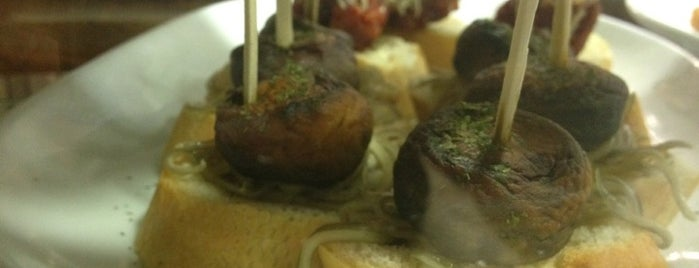 La Abuela is one of Restaurantes!!.