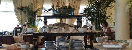 La Rotonde is one of Notre sélection de restaurant dans le Sud-Ouest.