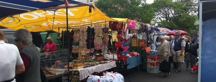 MDF Piac is one of Hasznos boltok óbudán.