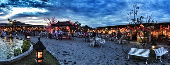 Paskal Food Market is one of Bandung Food Foursquare Directory.