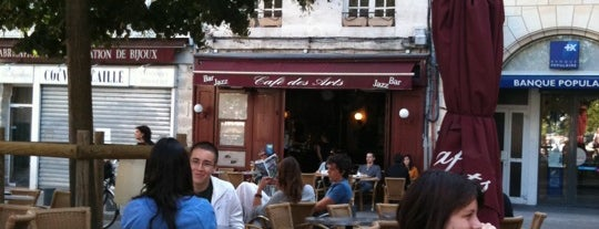 Cafe des Arts is one of Guide to Poitiers's best spots.