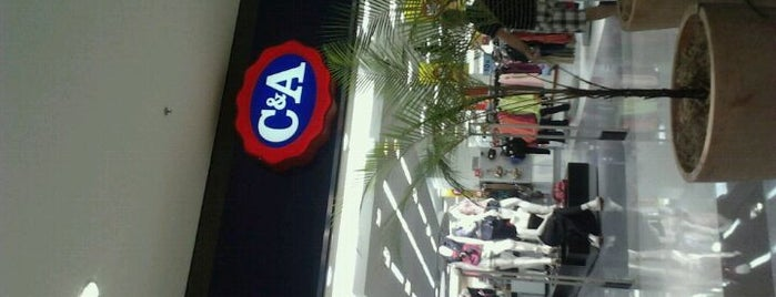 C&A is one of Compras.