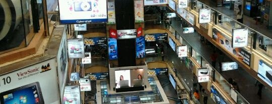 Mangga Dua Mall is one of Great Jakarta.